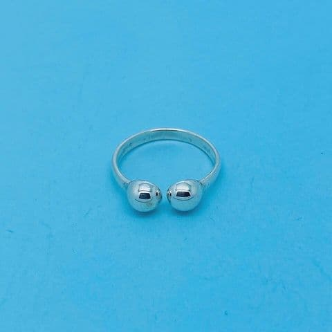 Genuine 925 Sterling Silver 2mm Torque Toe Ring With Two Ball One Size Fits All